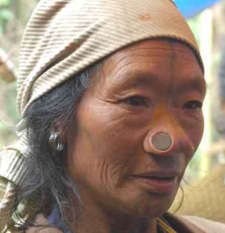 india_apatani_tribal_woman.jpg