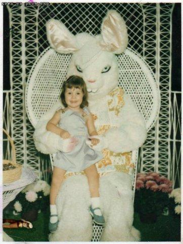 evil-easter-bunny.jpg