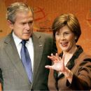 laura-bush-size-queen
