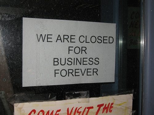 doors closed sigh posted major players disappeared leaving employees fall
